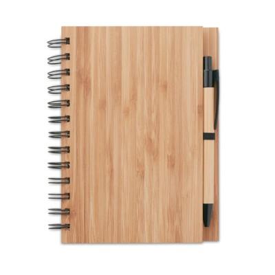 Dekoruotas blanknotas su bambukiniu viršeliu ir tušinuku